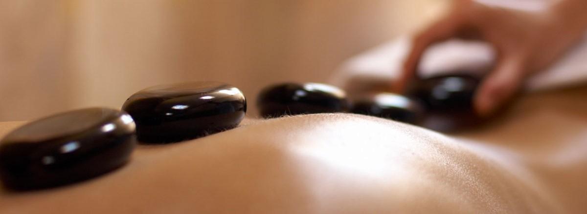 masaje piedras calientes Kukai